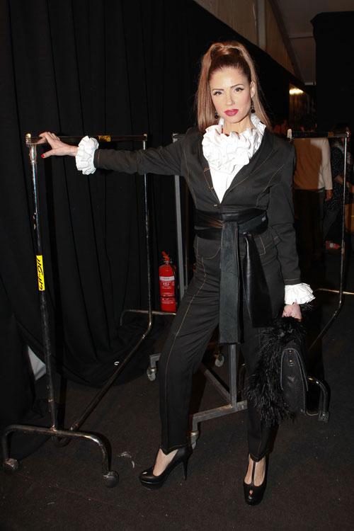 רונית יודקביץ'. חולמת על חליפות טוויד (צילום: עמי סיאנו)
