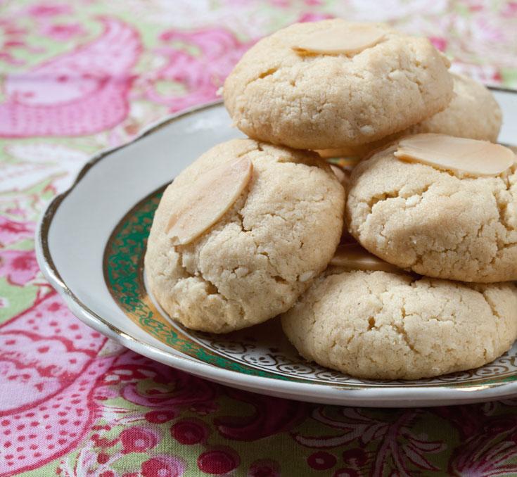 עוגיות טחינה (צילום: כפיר חרבי, סגנון: נעמה רן)