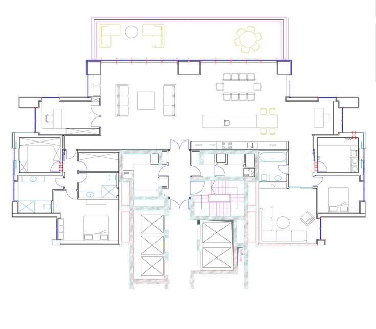 תוכנית הדירה: הסלון, המטבח ופינת האוכל במרכז. מצד אחד אגף האורחים וחדר הטלוויזיה, מהצד השני חדר השינה של בעלי הבית וחדרי הרחצה והארונות שלהם (באדיבות ינאי שמאי עיצוב פנים)