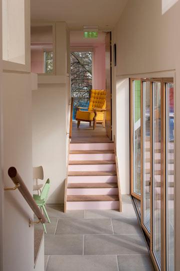 למעלה יש חדרים קטנים יותר (צילום: Martine Hamilton-Wright)