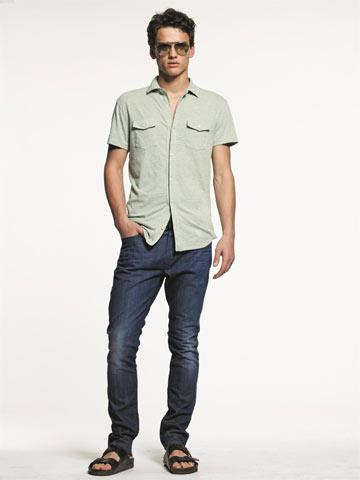 רשת גאפ. חולצות עד מידה XXL ומכנסיים עד מידה 52 (צילום: אנטון יין )