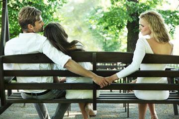 קשתים? היו מוכנים למבחני נאמנות בזוגיות השנה (צילום: shutterstock)