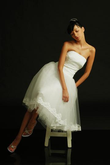 הילה גאון. 10 אחוז הנחה על שמלות כלה מוכנות (צילום: רוני כנעני )