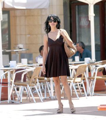 ריטה. ''הורדתי אותה מהשמלות אושידה המנצצות של אולמי בון-טון'' (צילום: רפי דלויה)