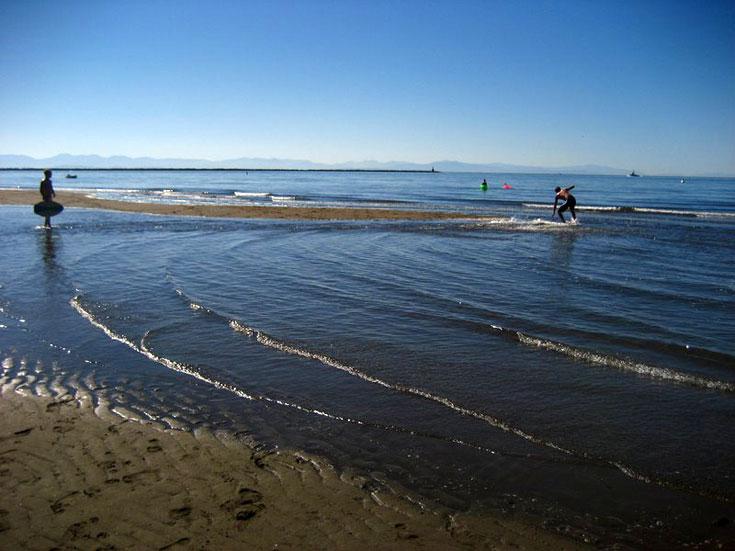Wreck Beach. חוויה מופלאה (צילום: keepitsurreal , CC)