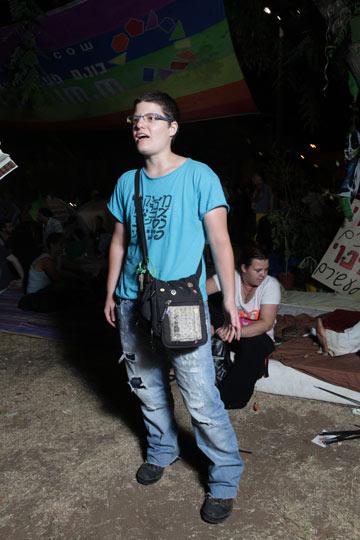 גולי מטוס. ''כל אחד מגיע עם הבגדים שהוא לובש ביומיום'' (צילום: עמי סיאנו)
