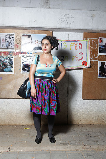 ורד ניסים. ''הבגדים הם חלק מזרימה, משגרה'' (צילום: עמי סיאנו)