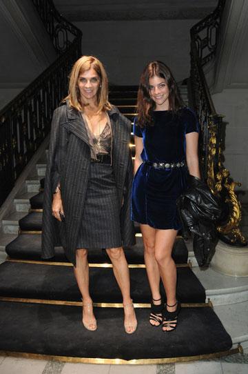 קארין רויטפלד וג'וליה רוסטין רויטפלד. מבלות יחד באירועי אופנה (צילום: gettyimages)