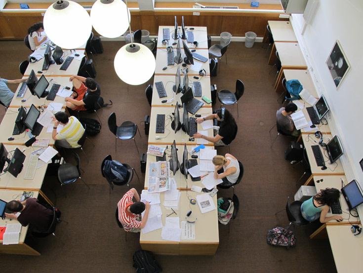 ספריית מדעים מדויקים והנדסה. אלמנט חשוב אחר הוא האקוסטיקה והפרטיות (צילום: מיכאל יעקבסון)