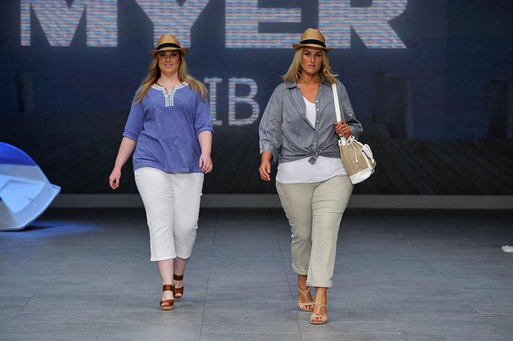 תצוגת האופנה לנשים במידות גדולות במסגרת שבוע האופנה באוסטרליה. Big is Beautiful