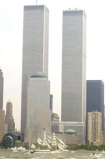 מגדלי התאומים. הסמל האמריקאי שהובס באותו יום (צילום: gettyimages)
