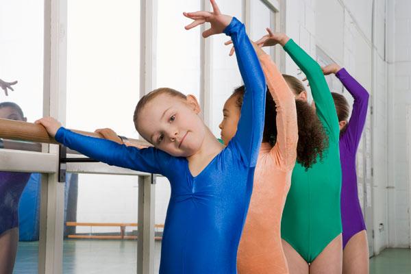 האם להיות רקדנית זו השאיפה של הילדה או האמא? (צילום: thinkstock)
