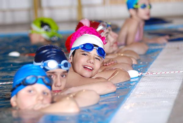 חוג שחיה. מתאים לילדים הלוקים באסתמה (צילום: thinkstock)