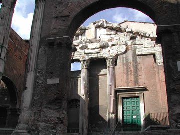 Sant'Angelo in Peschiera ברובע הגטו (צילום: Lalupa cc)