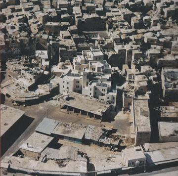 מתחם הרובע היהודי בחברון. מנדל גאה בפרויקט (צילום: אדריכל ארול פקר)