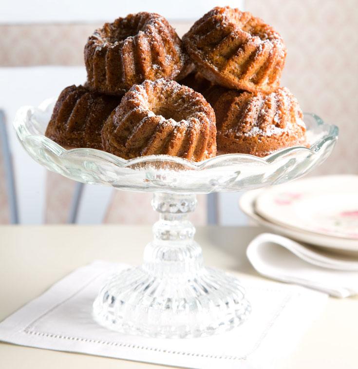 עוגת דבש בחושה ומתובלת (צילום: דני לרנר, סגנון: חמוטל יעקובוביץ')