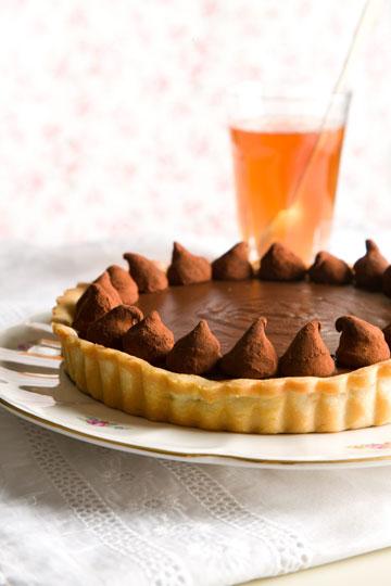 טארט שוקולד ודבש (צילום: דני לרנר, סגנון: חמוטל יעקובוביץ')