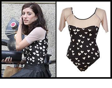 אפרת גוש בבגד גוף מטריף של StarDust בעיצובה של יסמין נגרין (299 שקל) (צילום: ניר פקין, יואב ריינשטין)
