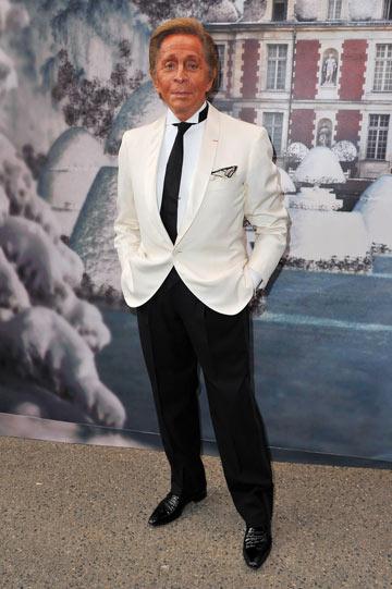 ולנטינו גרוואני. הצליח לאגד את מכלול עבודתו מאז הקים את בית האופנה ב-1962 (צילום: gettyimages)