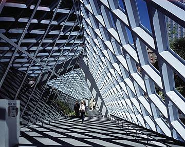 הספרייה של סיאטל, בתכנון OMA (צילום: philippe ruault)